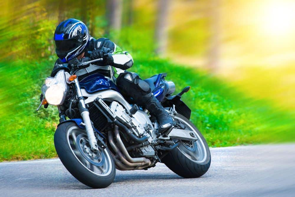 Which states require motorcycle helmets